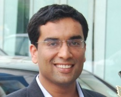 MR. NAVEEN KUKREJA